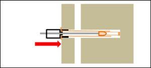 専用治具の先端でシール部を強く押しつける。